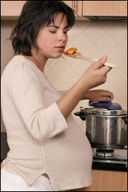 pregnant eating