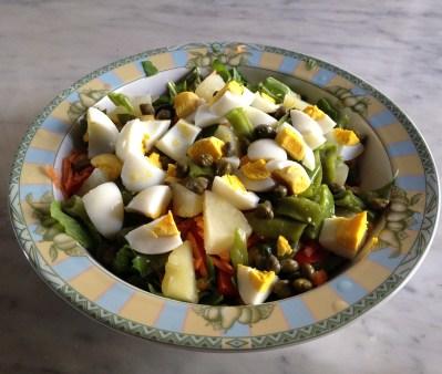 egg and veggie salad