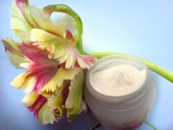Eco Friendly Beauty Products – Look Better and Help the Environment