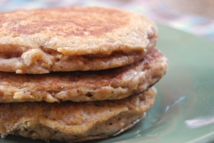 High Protein Apple Cinnamon Oatmeal Pancakes